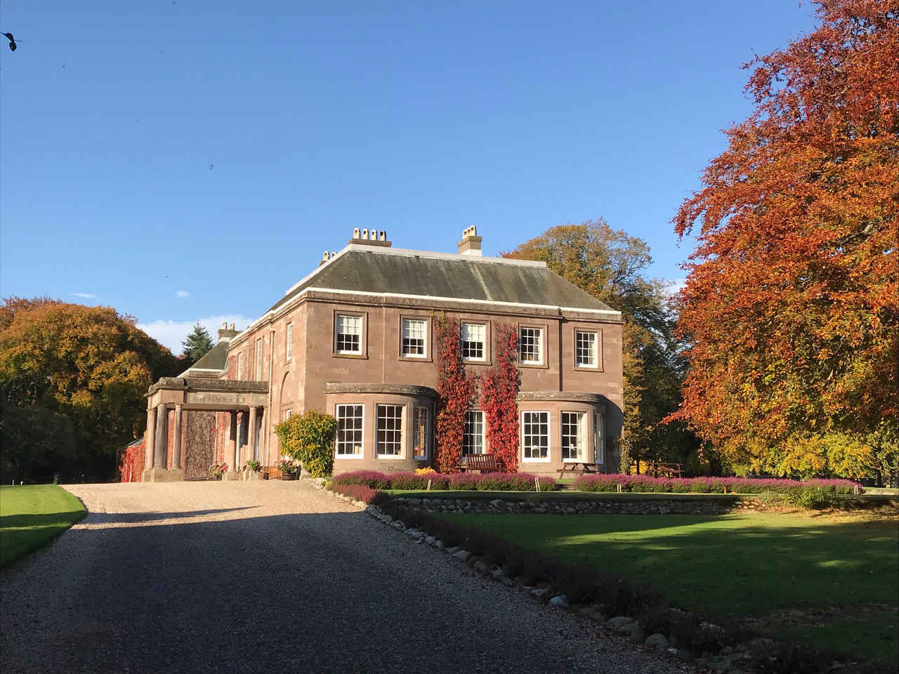 The Mansion house autumn